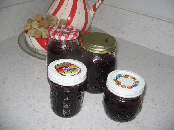 Blueberry/cranberry Jam -this Is So  Good. Used 1/2 Blueberries And 1/2 Cranberries. And  Half Regular Sugar And 1/2 Splenda With Lemon Jello....turned Out Delicious. ..family Enjoyes This With  Fresh Bread Toasted...mmm