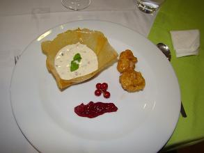 Photo: kulfi/ba tsu ping guo (gelado indiano/fritos de maçã).