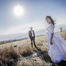 Wedding photographer Tomasz Cygnarowicz (TomaszCygnarowi). Photo of 01.10.2017