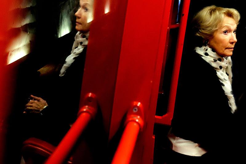 la donna in metro' di faranfaluca