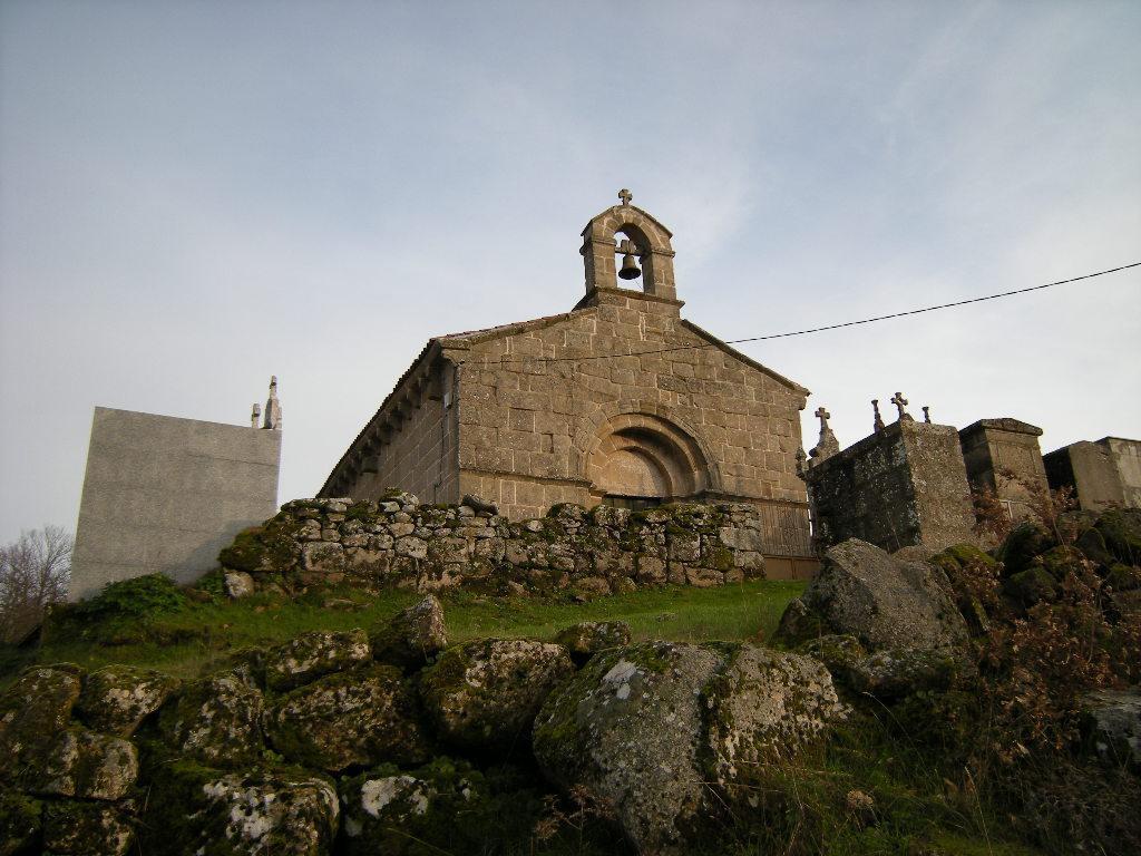 Resultado de imagen de mosteiro de ribeira, xinzo de limia iglesia
