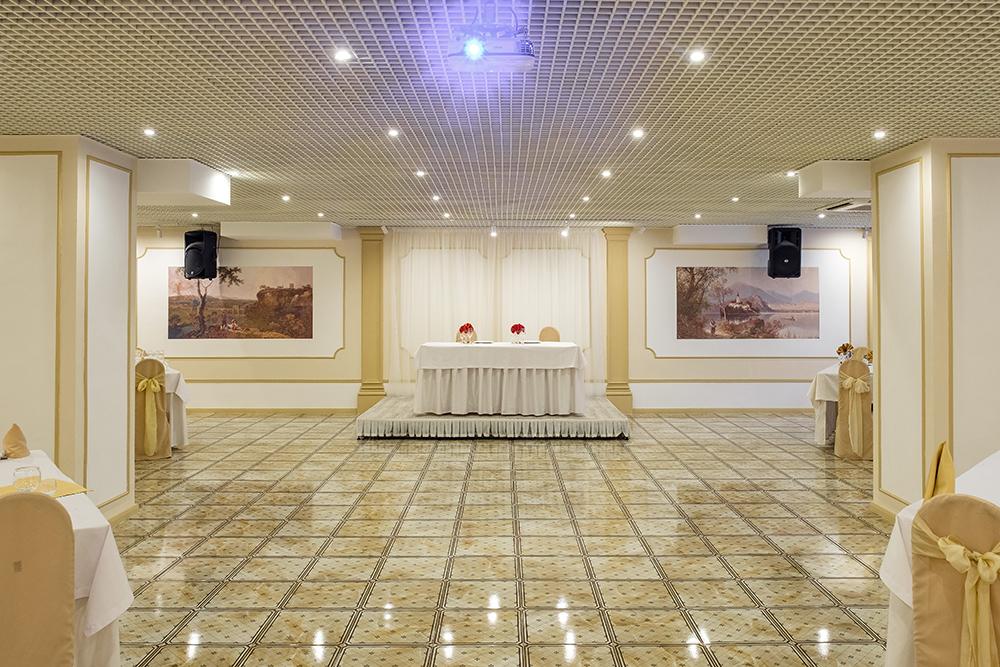 Банкетный зал на Титова в Екатеринбурге