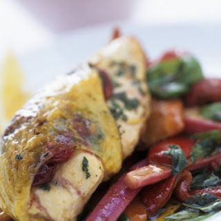 Fruity Chicken Breasts with Salad
