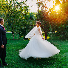 Wedding photographer Elena Neshitaya (neshlena). Photo of 28.03.2016