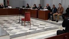 Acusados durante una de las sesiones del juicio.
