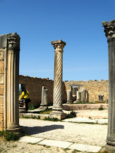 Photo: Volubilis - House with round Atrium ........... Huis met rond Atrium