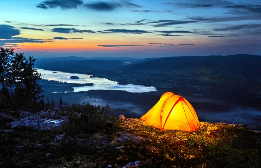 tents-at-night-10.jpg.838x0_q80.jpg
