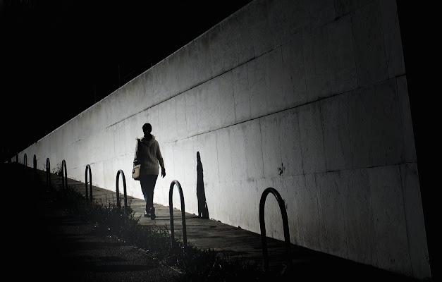 Passeggiando di notte di serikla