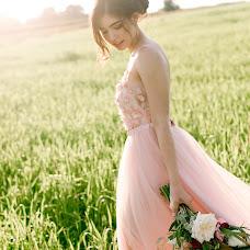 Wedding photographer Dina Romanovskaya (Dina). Photo of 15.09.2017