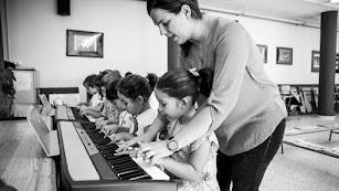 El Curso de la Fundación Barenboim-Said ofrece además aula matinal.