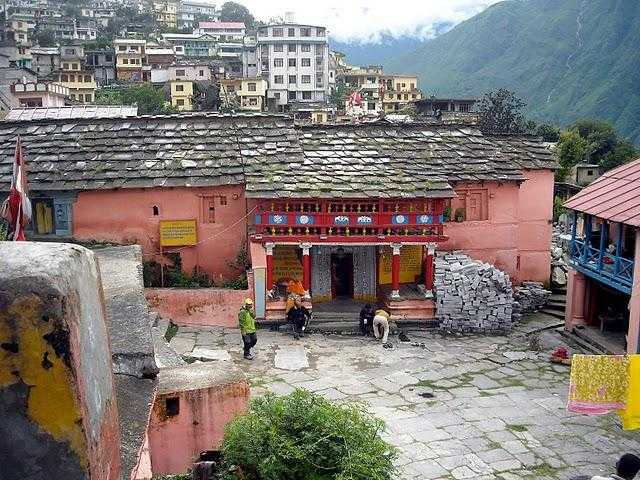 Travellogged-28-valley-flowers-trek-guide-Narsingh-Temple_image
