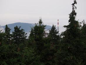 Photo: Maszt przekaźnika na Czarnej Górze, w tych warunkach wygląda jak latarnia morska.