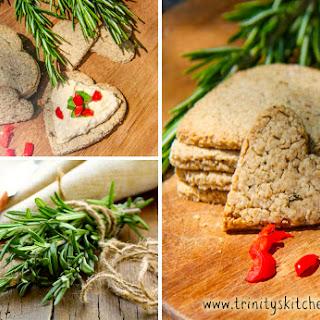 Rosemary Oatcakes (savoury cracker WF, V)