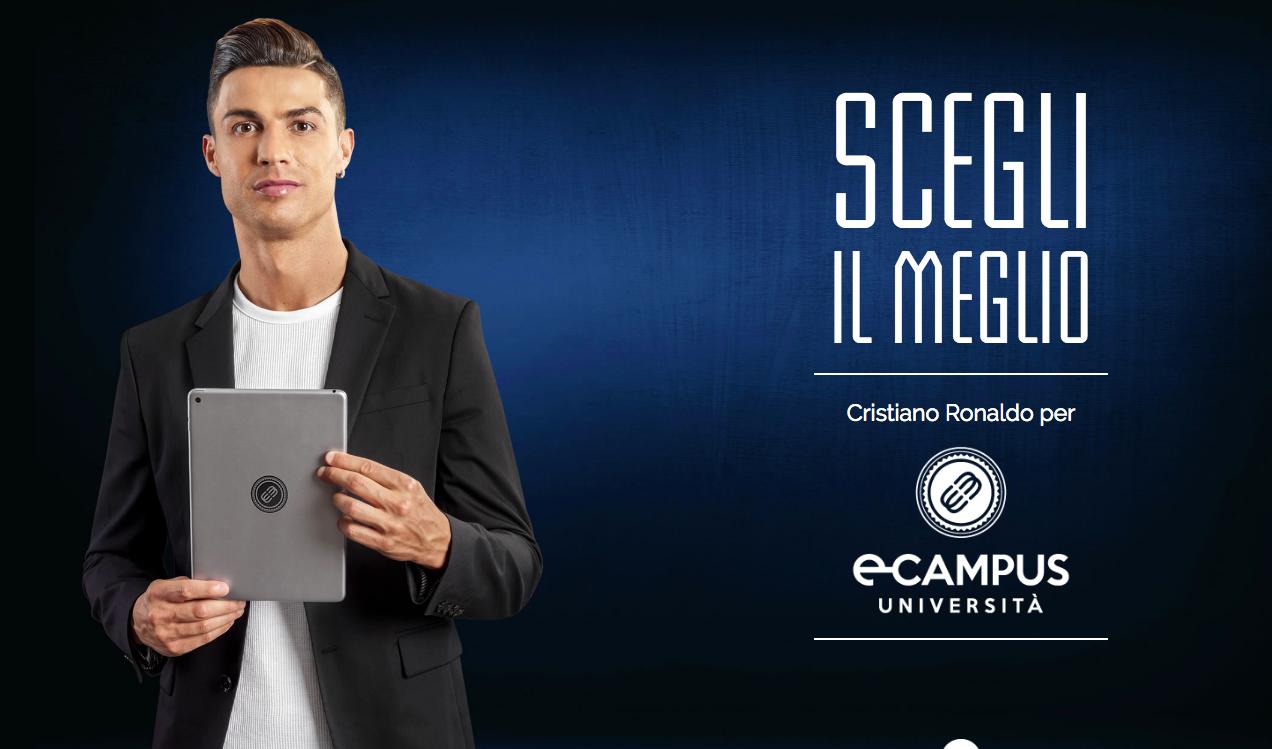 """Altra foto per dimostrare l'effetto alone. Il calciatore Cristiano Ronaldo mostra un tablet dell'Università E-Campus. Claim """"Scegli il meglio"""". Fonte: Marketing Ignorante"""
