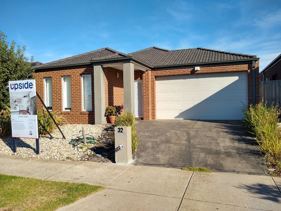 Main photo of property at 32 Moondara Street, Tarneit 3029