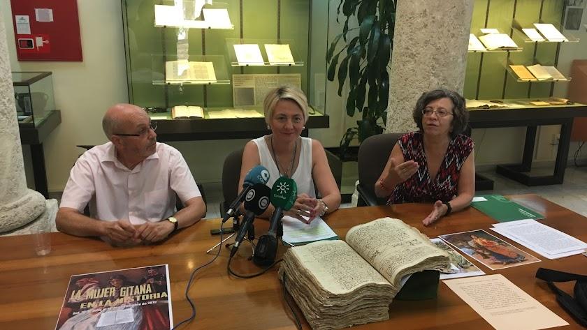 Presentación de la exposición de La Mujer Gitana en la Historia.