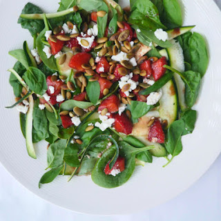 Balsamic Strawberry and Spinach Salad