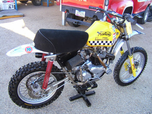Right side of the Norton 750 Desert Race presented by Machines et Moteurs.
