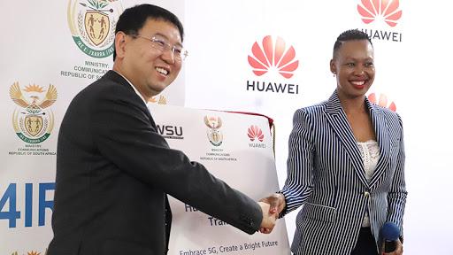 Huawei SA CEO Spawn Fan and communications minister Stella Ndabeni-Abrahams.