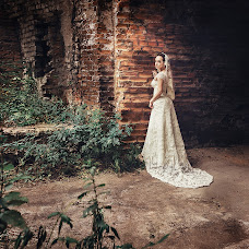 Wedding photographer Aleksandra Zavalnaya (A-Muza). Photo of 27.11.2013