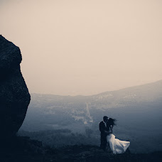 Wedding photographer Vasiliy Tikhomirov (BoraBora). Photo of 12.11.2013