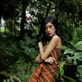 Lady in the woods by Jonathan Herdioko - People Portraits of Women