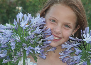 Photo: #floralfriday by +Tamara Pruessner, #Smilography by +Eloísa V. and #childrensaturday by +Susan Southard  Flowers come in all shapes and sizes :) Don't know which one is the more gorgeous. My niece in the flowers.