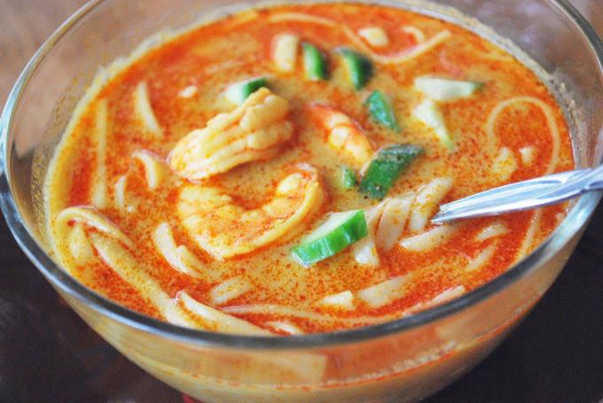 Thai Coconut Curry Soup with Shrimp