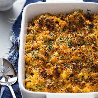 Roasted Cauliflower Chickpea Mac and Cheese