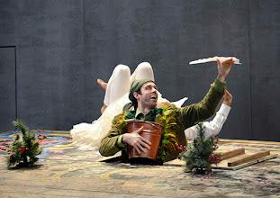 Photo: Wiener Kammeroper: GLI UCCELLATORI von Florian Leopold Gassmann. Inszenierung: Jean Renshaw. Premiere 22.3.2015.  Tobias Greenhalgh, Martin Dvorak. Copyright: Barbara Zeininger