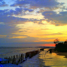 CANVAS OF ALMIGHTY by Soumitra Biswas - Landscapes Sunsets & Sunrises ( sea beach, sunset,  )
