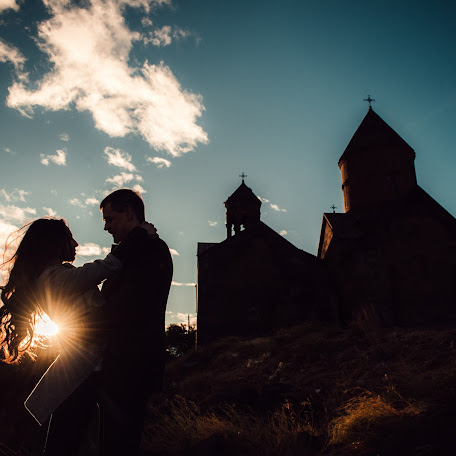 Wedding photographer Rafael Adamyan (rafa). Photo of 20.02.2018
