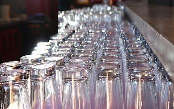 Photo: Les verres sur la grille de départ