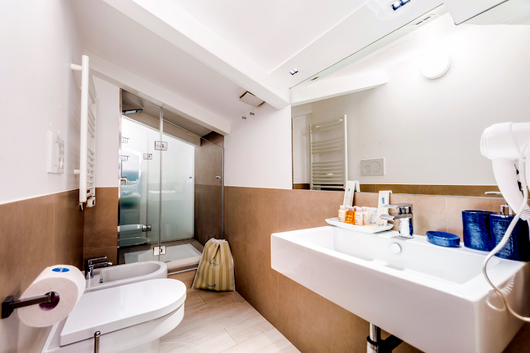 Casa Lucio IV -  en-suite Bathroom