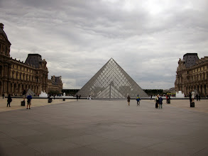 Photo: The Louvre, Paris, France