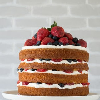 Vanilla and Fresh Berry Naked Cake.