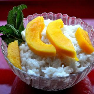 Coconut Sticky Rice with Mango.