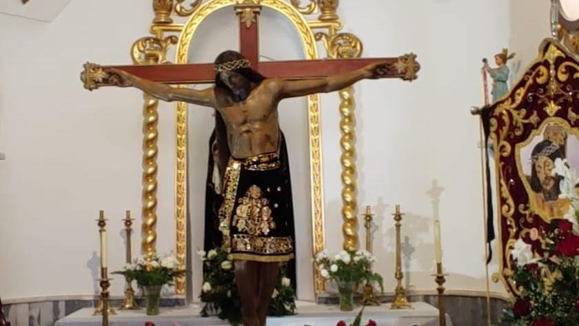 Imagen del Cristo. Según cuentan, la pierna izquierda del Santo es la original, el resto de la imagen se rehízo tras la contienda.