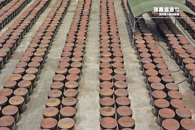 瑞春醬油觀光工廠戶外甕缸