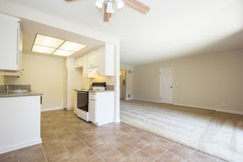 Go to Palm Creek Floorplan page.