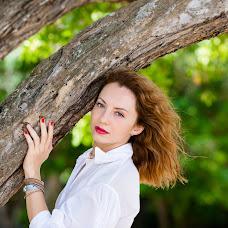 Wedding photographer Elena Bukhtoyarova (lebv64). Photo of 06.12.2014