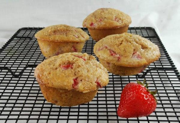 Fabulous Strawberry Muffins Recipe