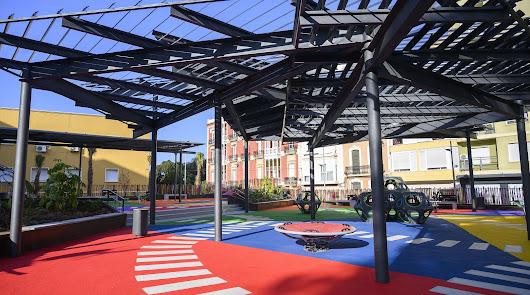 Los parques infantiles de la capital reabren coincidiendo con el fin del colegio