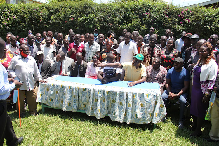 Nyanza Hustler Movement point man Eliud Owalo, Homa Bay coordinator Everest Okambo and supporters of DP William Ruto in Homa Bay on October 6,2020