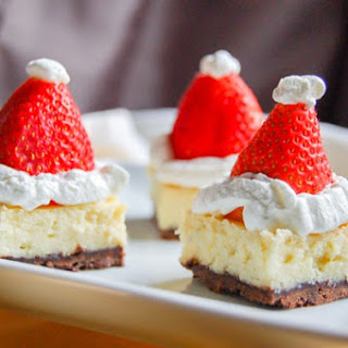 Cheesecake Santa Hat Bites!
