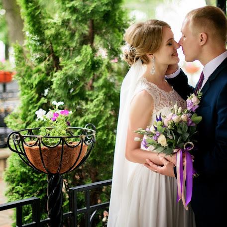 Wedding photographer Vitaliy Pestov (Qwasder). Photo of 16.02.2018
