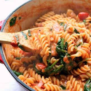 One Pot Pasta with Tomato & Mascarpone Sauce.