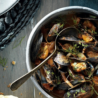 Slow Cooker Mussels in Tomato and Fennel Sauce Recipe