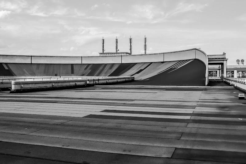 Pista sul tetto ex-stabilimento Fiat Lingotto  di D. Costantini