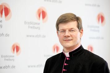 Erzbischof_Stephan_Burger_quer mit EB-Logo.jpg